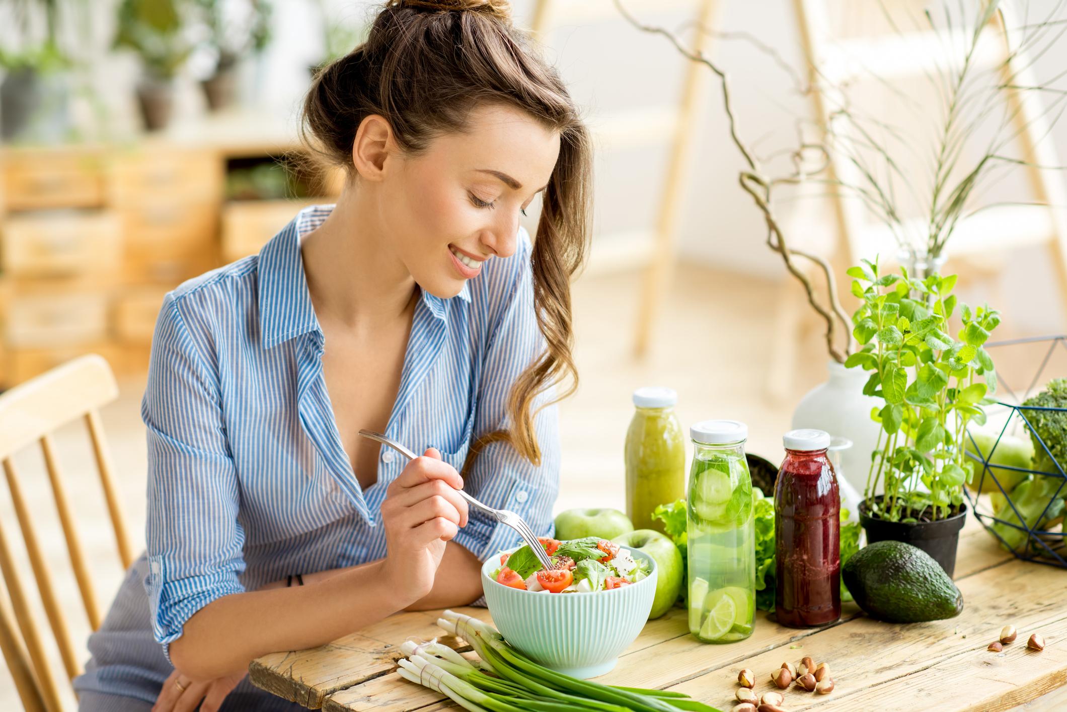 Com boa alimentação, é possível reverter um quadro infeccioso e até mesmo prevenir o organismo de gripes e constipações que podem surgir.